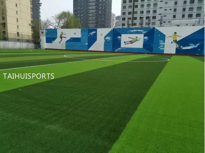 Eco Friendly Commercial Artificial Turf Infill Provide Safety UV Resistant For Sports Quality Low Bulk Density